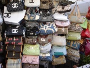 fakehandbags1.jpg